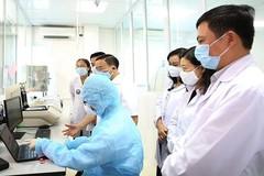 Mẹ khai báo, nữ sinh thực tập BV Bạch Mai về phải cách ly tập trung