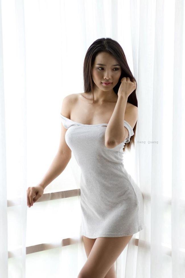 3 lần sinh con, vợ Ưng Hoàng Phúc vẫn sở hữu vóc dáng 'vạn người mê'