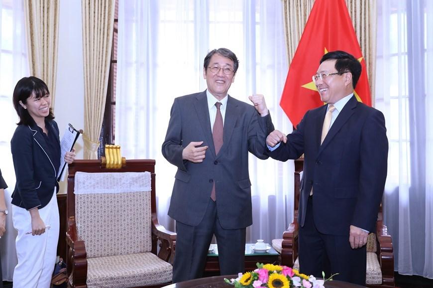 Japanese outgoing ambassador honoured
