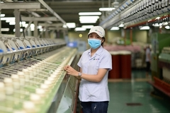 VN garment-textile group to ask for permission to export anti-virus products