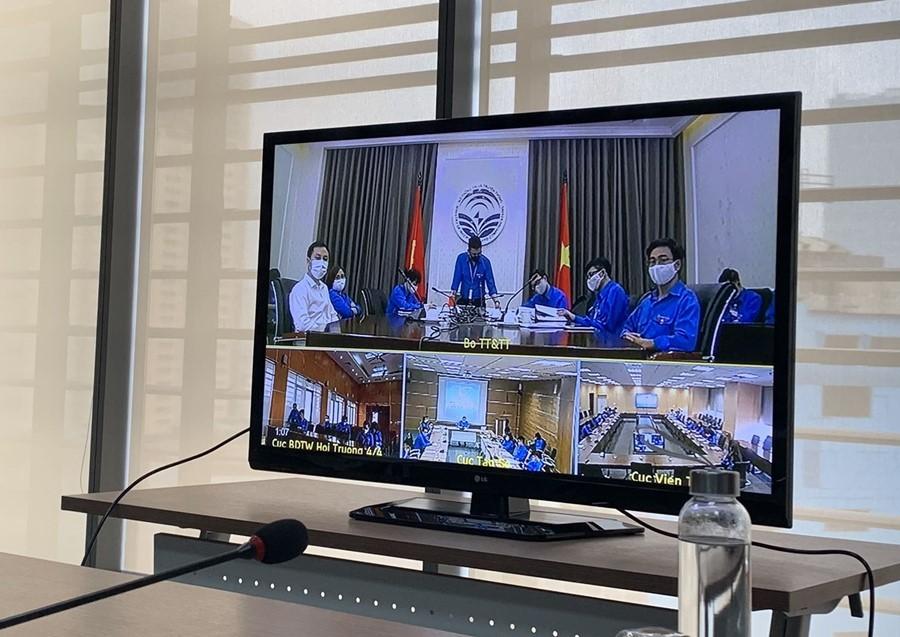 Tuổi trẻ Bộ TT&TT đối thoại trực tuyến với Bí thư thứ nhất TƯ ĐoànTNCS HCM