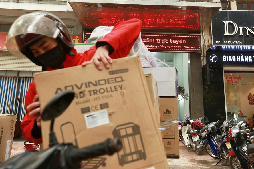 Online sales rise sharply amid pandemic