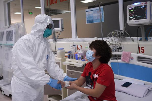 Tin vui, Việt Nam có thêm 3 bệnh nhân mắc Covid-19 khỏi bệnh