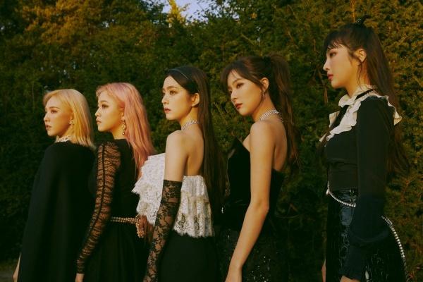 Sao Hàn,Red Velvet,Lisa,BLACKPINK,Seungri,BIGBANG,BTS