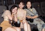 Mẹ vợ Lý Hải, Trấn Thành... ngoài 60 tuổi vẫn trẻ trung xinh đẹp ngỡ ngàng