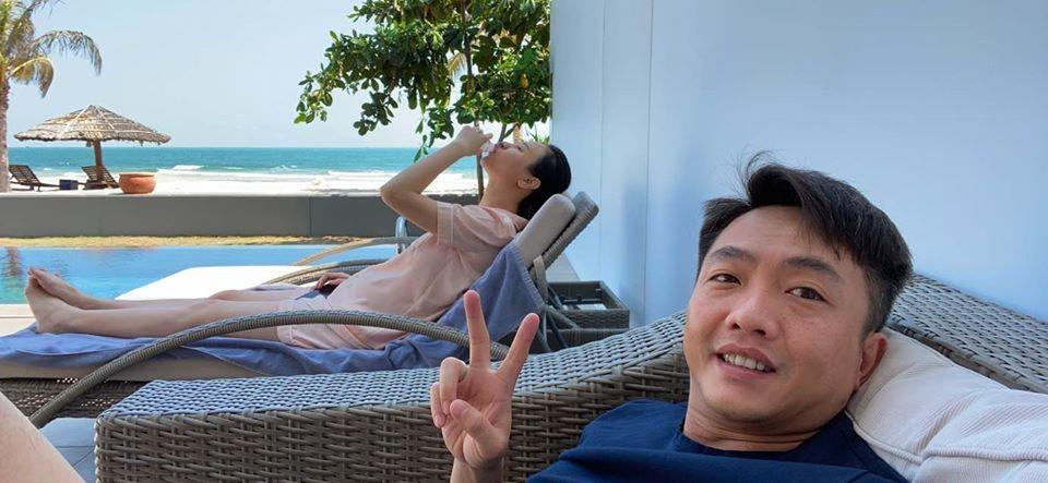 Đăng ảnh nghỉ ngơi, Cường Đô la để lộ Đàm Thu Trang bụng bầu