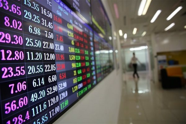 Covid-19 wipes out $44 billion from Vietnam's stock market