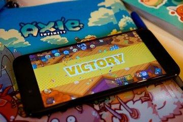 Vietnamese startup creates blockchain-based game with highest revenue in world