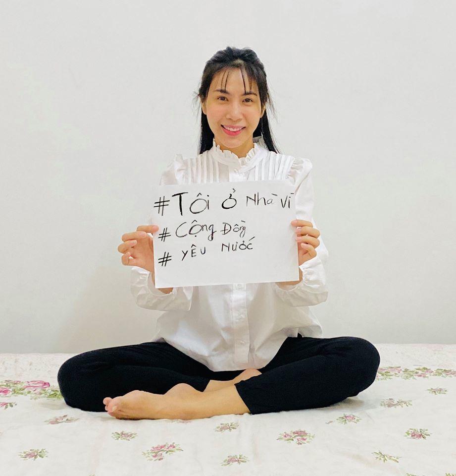 Sao Việt kêu gọi ở nhà chống dịch Covid-19