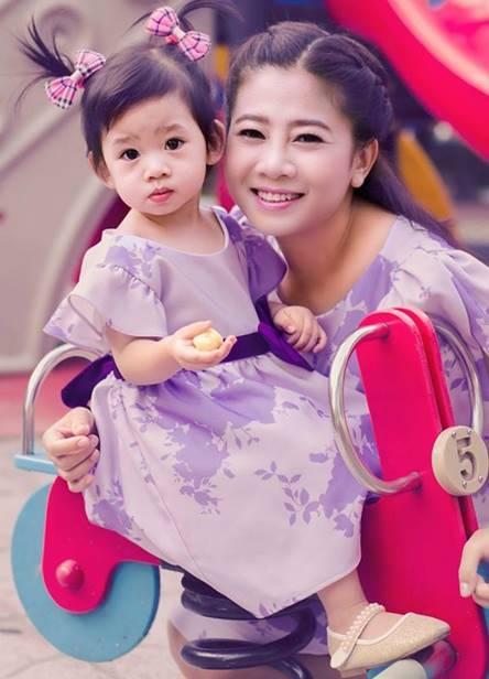 Mai Phương gồng mình vì con gái, không oán trách Phùng Ngọc Huy