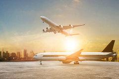 'Thảm họa' hàng không, hàng ngàn máy bay bất động, đổ tiền giải cứu khẩn cấp