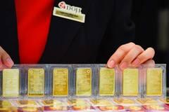 Giá vàng hôm nay 3/4: Thất nghiệp gia tăng, vàng tăng vọt