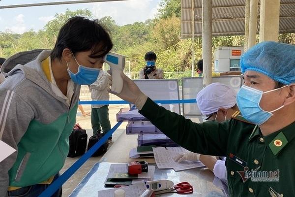 Tạm dừng hoạt động qua lại ở biên giới Lào, Campuchia