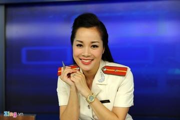 Minh Hương 'Vàng Anh': 'Tự hào khi mang công an hiệu cấp trung úy'
