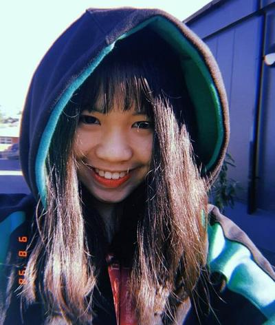 Nữ sinh 17 tuổi hạnh phúc với sống chậm trong khu cách ly