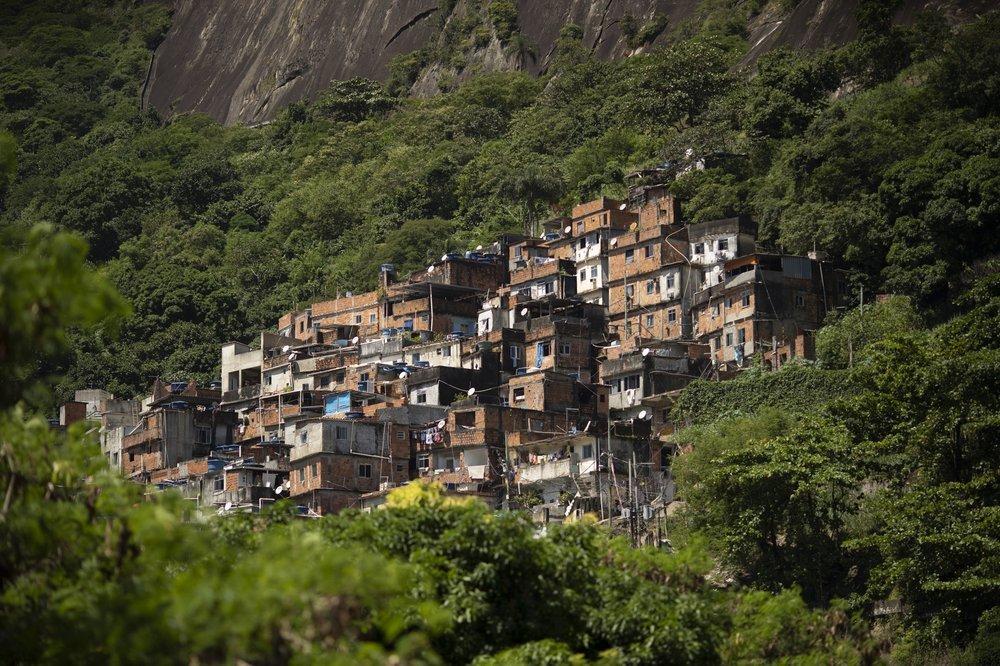 Người nghèo Brazil chật vật lo 'cơm, áo, gạo, tiền' thời Covid-19