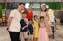 Ốc Thanh Vân tiết lộ về phản ứng của ông xã khi cô thức đêm thức hôm, không quản vất vả lo lắng cho Mai Phương