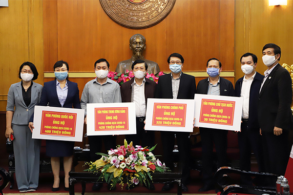Bốn Văn phòng Trung ương ủng hộ 1,175 tỷ đồng phòng chống dịch