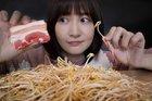 Thành phố bị phong toả: Người Trung Quốc đã làm gì để giải khuây?