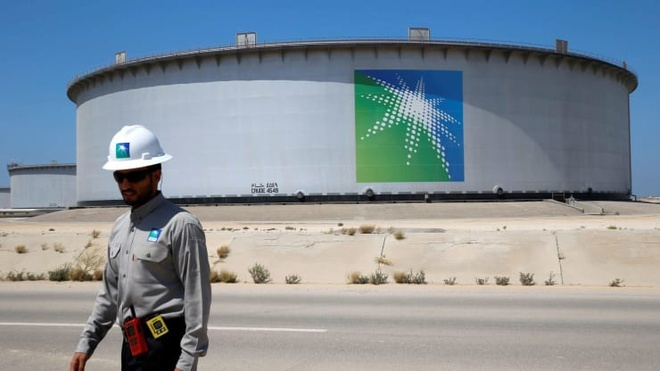 Thế giới sắp hết sạch kho chứa dầu