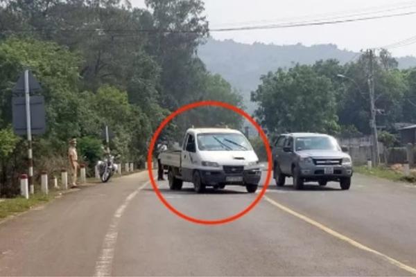 Thanh niên trốn cách ly, cướp ô tô tông CSGT ở Kon Tum bị bắt