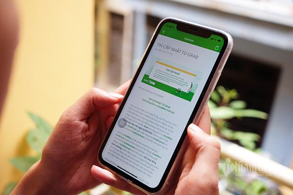 GrabBike, GrabCar tạm ngừng vận chuyển khách tại Hà Nội