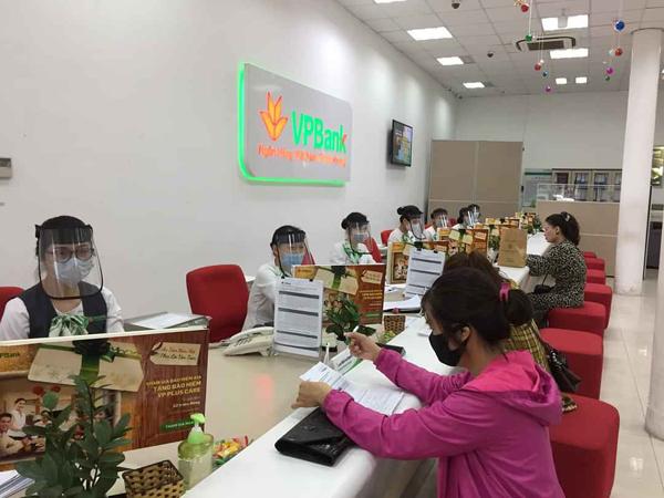 VPBank giảm lãi suất đến 2% cho doanh nghiệp khó khăn vì dịch Covid-19