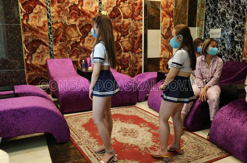 Cơ sở massage ở Đồng Nai vẫn hoạt động bất chấp lệnh cấm