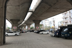 Hà Nội lại được phép trông giữ xe dưới gầm cầu