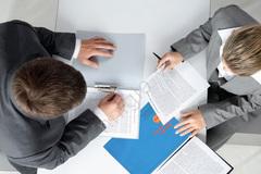 Quyền lợi khi được tạm hoãn hợp đồng lao động từ năm 2021