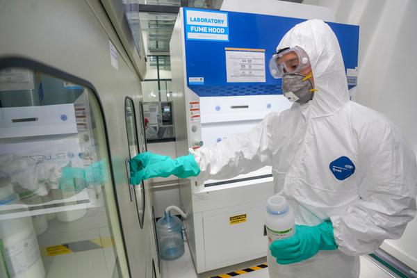 Vingroup bắt đầu sản xuất máy thở và máy đo thân nhiệt