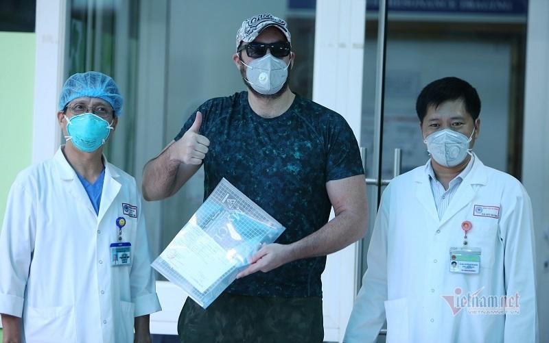 'Tôi rất ấn tượng với bác sĩ Việt Nam'