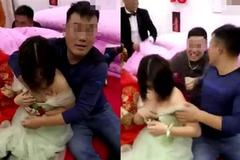 Phù dâu xinh đẹp 'sợ xanh mắt' vì trò đùa của quan khách trong đám cưới