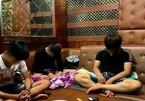 Tụ tập 'chơi' ma túy trong quán karaoke giữa thời dịch Covid-19