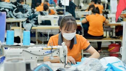 China raw materials supply resumes, but Vietnam's export markets close borders