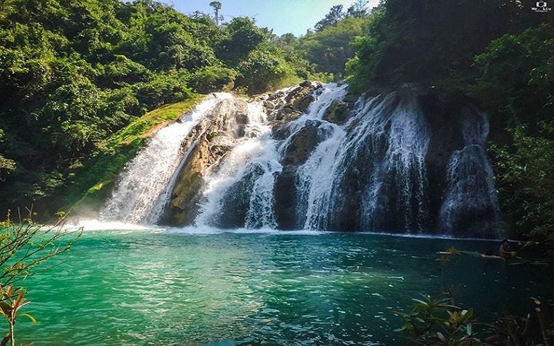 Explore Ta Puong - hidden waterfall in central Vietnam