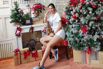 'Hoa khôi bóng chuyền' Kim Huệ lộ sở thích mặc sexy nhưng đúng nơi, đúng lúc