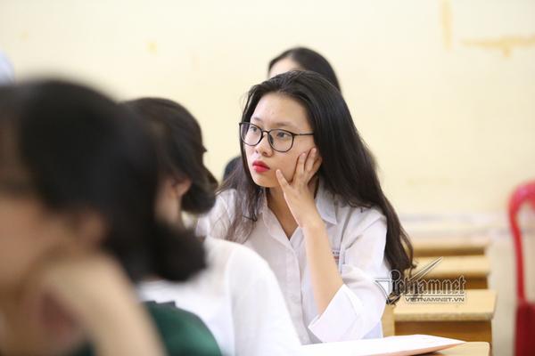 Nhiều trường miễn giảm 10-25% học phí cho sinh viên