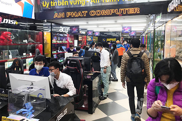 Dịch vụ cho thuê laptop nở rộ với giá chỉ 20.000 đồng