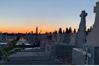 Những lễ tang cấp tốc tại tâm dịch Covid-19 ở Tây Ban Nha