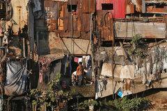 Ấn Độ 'nín thở' khi Covid-19 tấn công khu ổ chuột lớn nhất đất nước