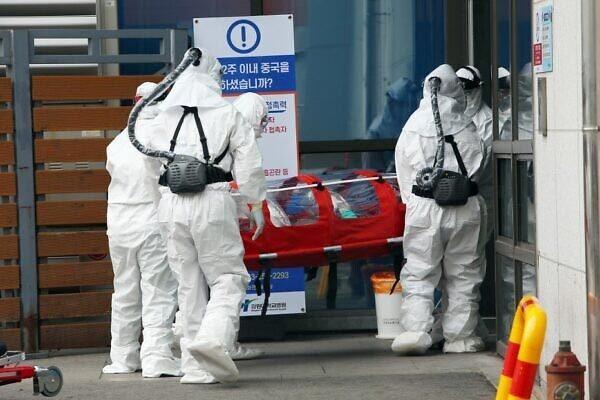 Hơn 50 bệnh nhân tái dương tính Covid-19 sau hồi phục, Hàn Quốc điều tra khẩn