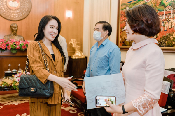 CEO Thúy Kami ủng hộ 100 triệu đồng phòng chống dịch Covid-19