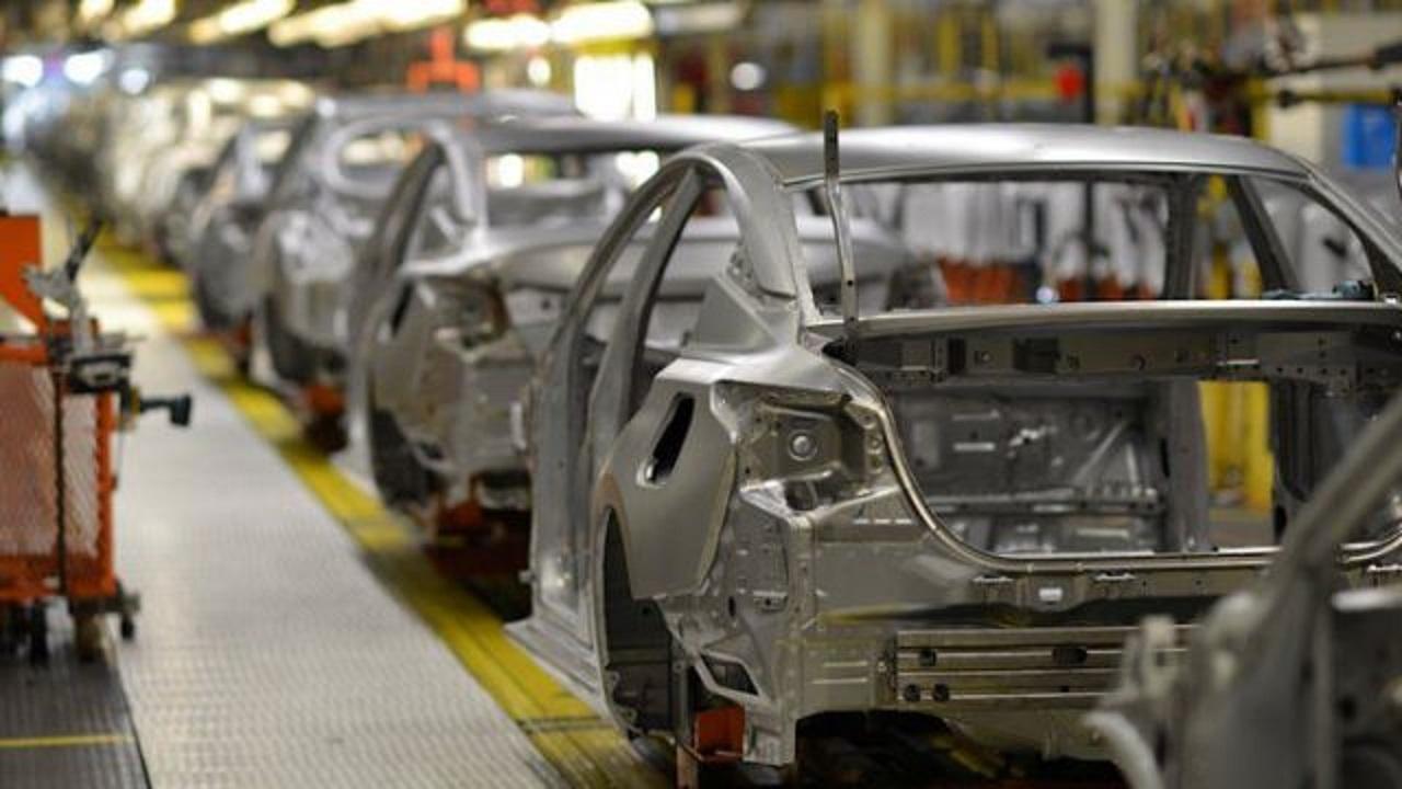 Honda, Nissan cho hàng chục nghìn nhân viên nghỉ không lương