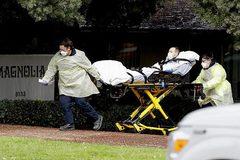 Anh, Mỹ trải qua ngày chết chóc, thế giới vượt mốc 1,5 triệu ca nhiễm Covid-19