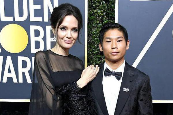 Con nuôi Pax Thiên của Angelina Jolie và Brad Pitt vẫn duy trì học tiếng Việt