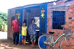 Ông bà già yếu xin giúp cháu trai mồ côi được tiếp tục đến trường