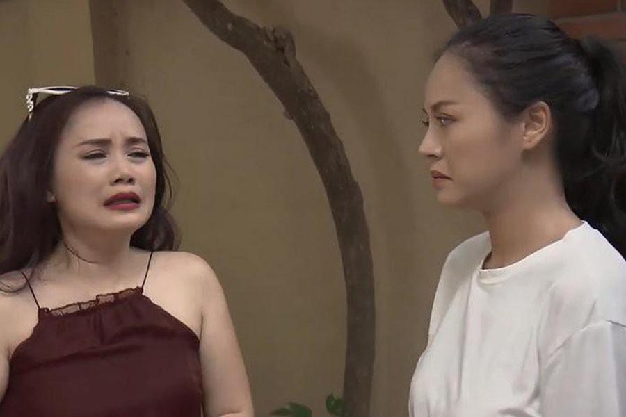 'Cô Xuyến' Hoàng Yến nói gì khi bị nghi 'đại phẫu' khuôn mặt?