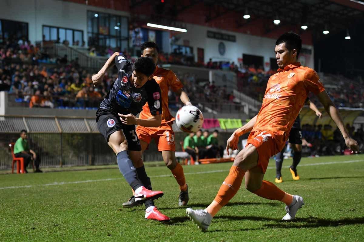 Thái Lan hủy các Cúp để dồn lịch cho Thai League