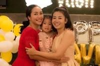 Đưa 3 con đi chơi, Ốc Thanh Vân bị vặn hỏi tại sao không mang theo con gái Mai Phương